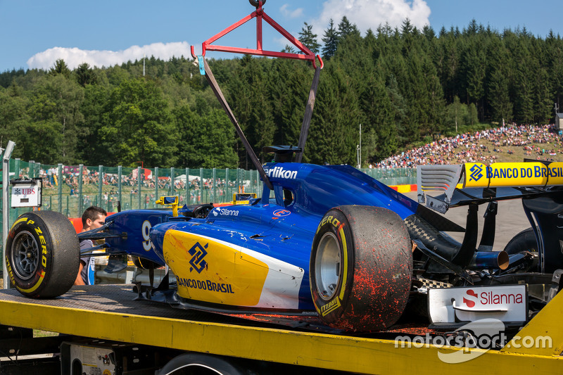 The damaged Sauber C34 of Marcus Ericsson, Sauber F1 Team after he crashed in the second practice se