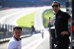Robert Visoiu, Rapax with his engineer in the pit lane