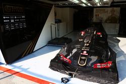Lotus F1 E23 of Romain Grosjean, Lotus F1 Team in parc ferme conditions
