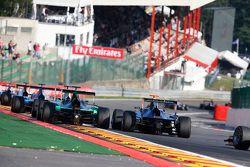Seb Morris, Status Grand Prix & Mitch Gilbert, Carlin