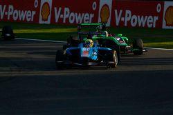 Pal Varhaug, Jenzer Motorsport leads Seb Morris, Status Grand Prix