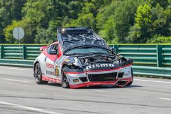 Wrecked car of #41 Doran Racing Nissan 370Z: Nick Hammann, Steven Doherty
