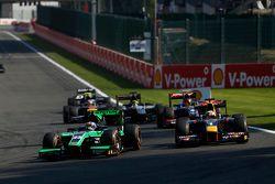 Richie Stanaway, Status Grand Prix leads Pierre Gasly, DAMS