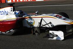 Zaid Ashkanani, Campos Racing and arrives at the grid missing a wheel