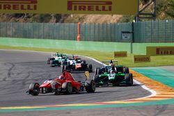 Kevin Ceccon, Arden International devant Sandy Stuvik, Status Grand Prix