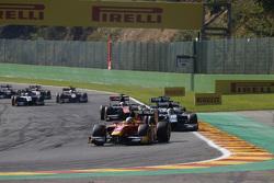 Jordan King, Racing Engineering leads Nathanael Berthon, Daiko Team Lazarus