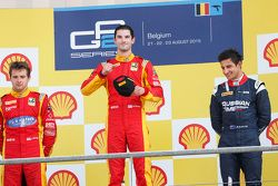 Podio: secondo post Jordan King, vincitore Alexander Rossi, Racing Engineering, terzo Mitch Evans, R