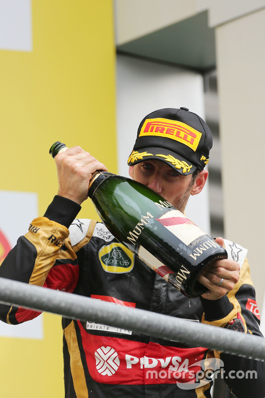 Romain Grosjean, Lotus F1 Team viert derde plaats op het podium