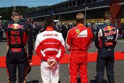 Макс Ферстаппен, Scuderia Toro Rosso; Уилл Стивенс, Manor F1 Team; Кими Райкконен, Ferrari; и Даниил