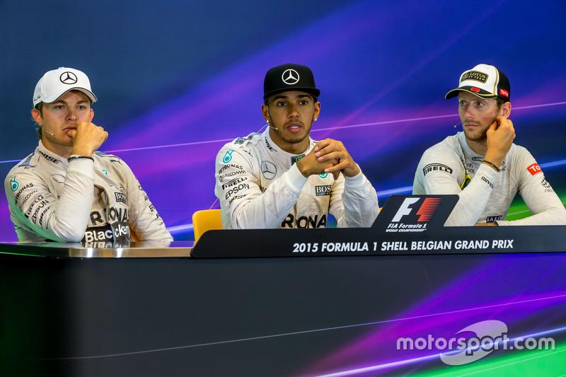 Yarış sonrası FIA Basın Konferansı,: Nico Rosberg, Mercedes AMG F1, ikinci; Lewis Hamilton, Mercedes