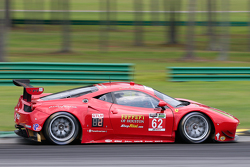 Ferrari F458 команды Risi Competizione: Пьер Каффер, Джанкарло Физикелла, Оливье Беретта