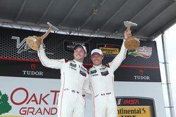 Yarış kazananı #911 Porsche Kuzey Amerika Porsche 911 RSR: Patrick Pilet, Nick Tandy