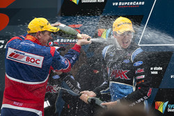 Переможець гонки Чез Мостерт, Prodrive Racing Australia Ford