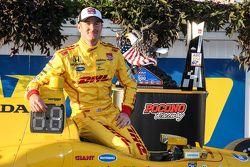 Ganador de la carrera Ryan Hunter-Reay, Andretti Autosport Honda