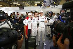 La voiture en pole - #18 Porsche Team Porsche 919 Hybrid : Romain Dumas, Neel Jani, Marc Lieb
