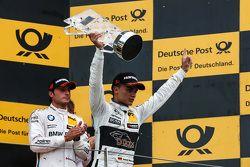Le vainqueur Pascal Wehrlein, HWA AG Mercedes-AMG C63 DTM