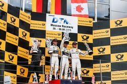 Podium : le deuxième, Marco Wittmann, BMW Team RMG BMW M4 DTM, le vainqueur, Pascal Wehrlein, HWA AG Mercedes-AMG C63 DTM, le troisième, Bruno Spengler, BMW Team MTEK BMW M4 DTM