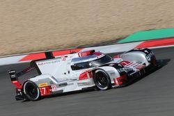#7 Audi Sport Team Joest Audi R18 e-tron quattro: Marcel Fässler, André Lotterer, Benoit Tréluyer
