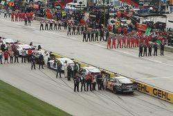 Los equipos antes de la carrera