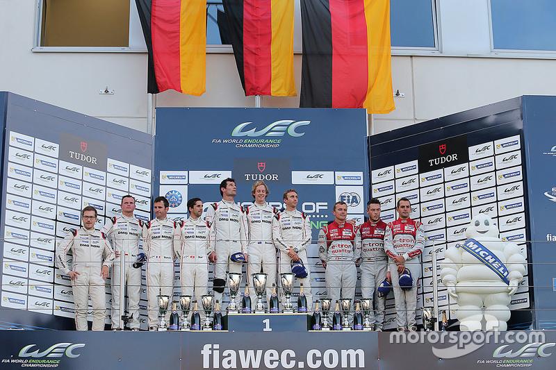 Podium: 1. Timo Bernhard, Mark Webber, Brendon Hartley, Porsche Team; 2. Romain Dumas, Neel Jani, Ma