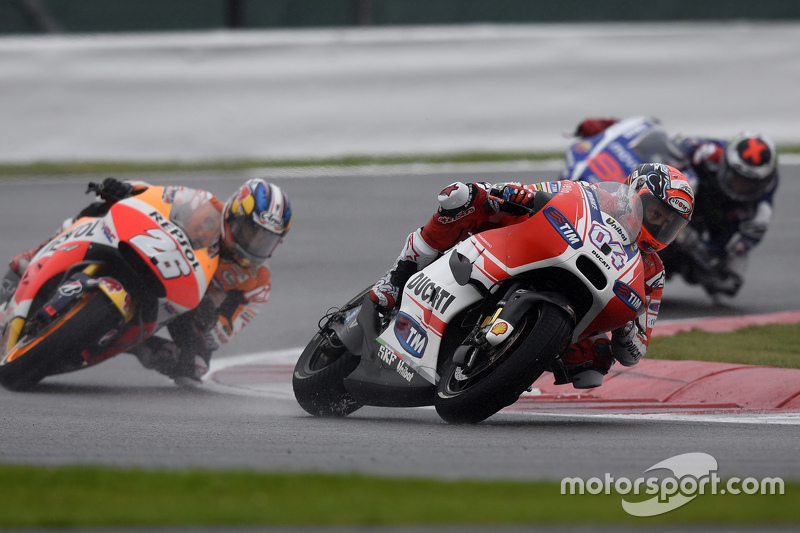 Andrea Dovizioso, Ducati Team and Dani Pedrosa, Repsol Honda Team at British GP