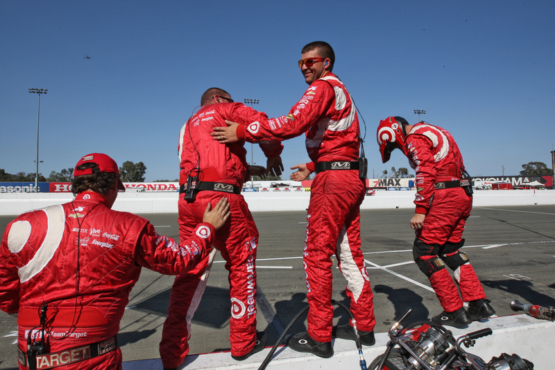 Chip Ganassi Racing members святкування