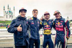 Aras Gibieza y Daniil Kvyat, Red Bull Racing y Timur Timerzyanov y Nikita Shikov