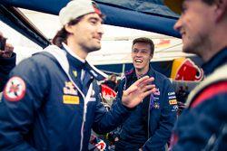 Timur Timerzyanov and Daniil Kvyat, Red Bull Racing and Nikita Shikov