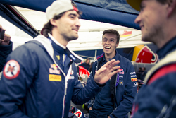 Timur Timerzyanov e Daniil Kvyat, Red Bull Racing e Nikita Shikov