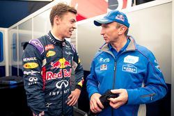 Daniil Kvyat, Red Bull Racing y Vladimir Chagin