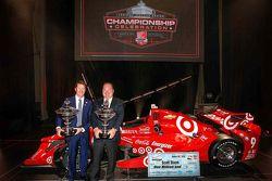 Scott Dixon, Chip Ganassi Racing Chevrolet, vincitore del campionato e Chip Ganassi