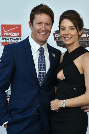 2015 el campeón Scott Dixon, Chip Ganassi Racing Chevrolet con su esposa Emma Davies
