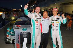 Ganadores: Daisuke Ito y James Rossiter, Lexus Team Petronas Tom's Lexus RC F