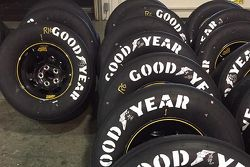 Peinture rétro pour les pneus Goodyear