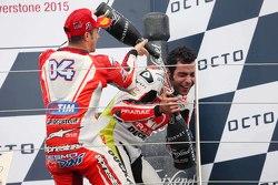Podio: terzo posto, Andrea Dovizioso, Ducati Team, secondo Danilo Petrucci, Pramac Racing Ducati