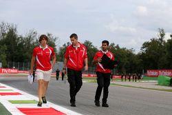 Roberto Merhi, Manor F1 Team wandelt op het circuit