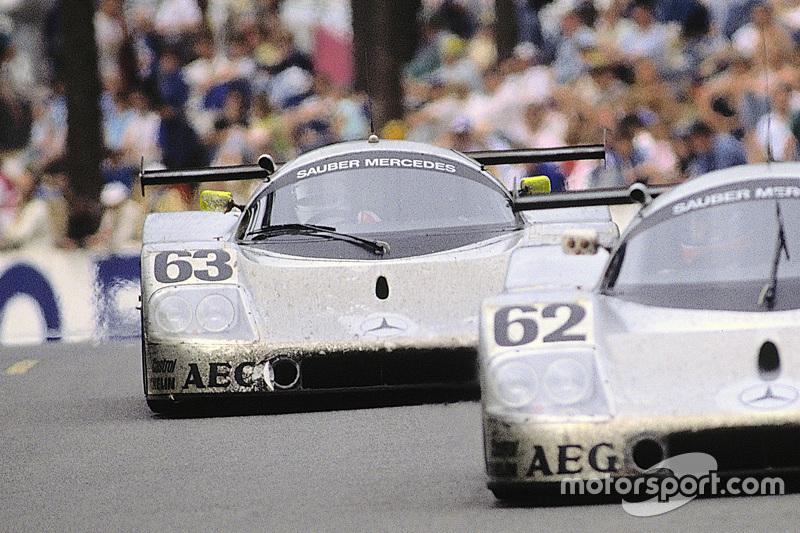 #63 Team Sauber Mercedes Sauber-Mercedes C9: Jochen Mass, Manuel Reuter, Stanley Dickens; #62 Team Sauber Mercedes Sauber-Mercedes C9: Jean-Louis Schlesser, Jean-Pierre Jabouille, Alain Cudini