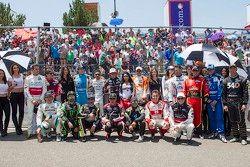 Foto grupal de pilotos Nascar Mexicé