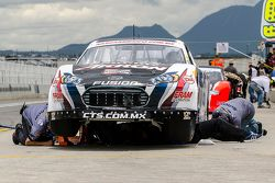 #6 Rogelio López, Alpha Racing en los pits