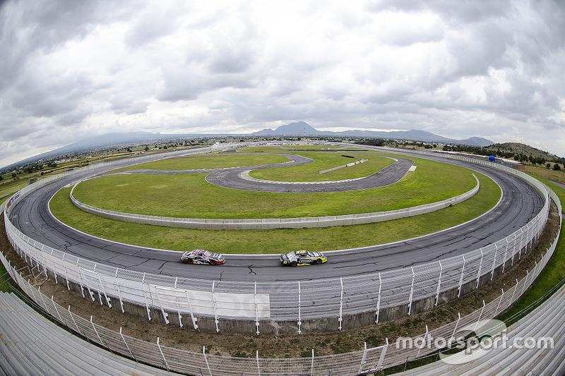 Vista panorámica del Óvalo en el Autódromo Miguel E Abed