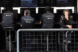 Paul Seaby, Lotus-Teammananger