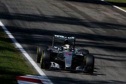 Льюис Хэмилтон, Mercedes AMG F1 W06