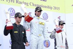 Podium: winner Vishnu Prasad, second place Krishnaraj Mahadik, third place, Kush Maini