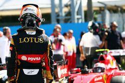 Romain Grosjean, Lotus F1 Team in parc fermé