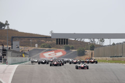 Start: Jake Dennis, Prema Powerteam Dallara Mercedes-Benz leads