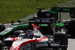 Рене Биндер, MP Motorsport едет впереди Марлона Стокинджера, Status Grand Prix