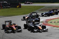 Джонни Чекотто, Trident едет впереди Джордана Кинга, Racing Engineering и Артема Маркелова, RUSSIAN