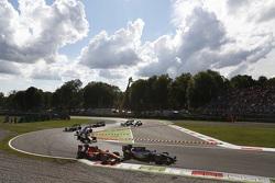 Артем Маркелов, RUSSIAN TIME едет впереди Джордана Кинга, Racing Engineering