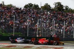 Джордан Кинг, Racing Engineering едет впереди Артема Маркелова, RUSSIAN TIME