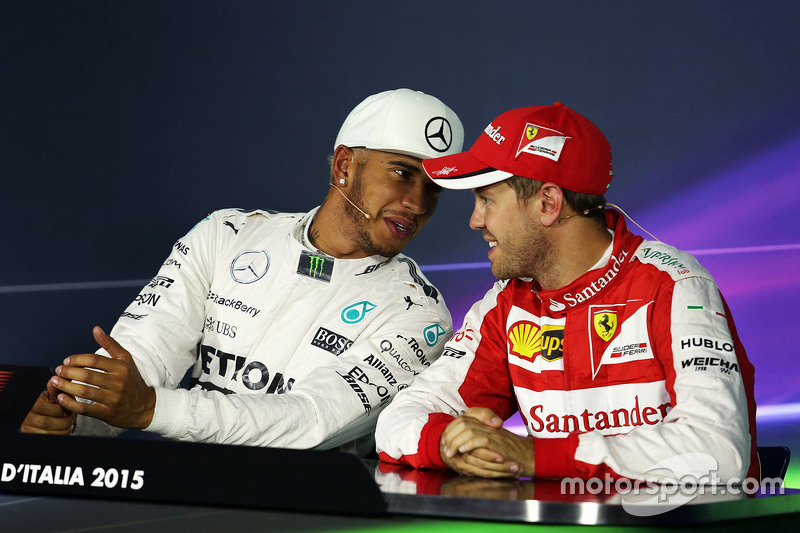 Lewis Hamilton, Mercedes AMG F1 Team, und Sebastian Vettel, Ferrari